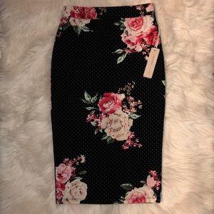 Iris Basic sz small black stretch mid length skirt